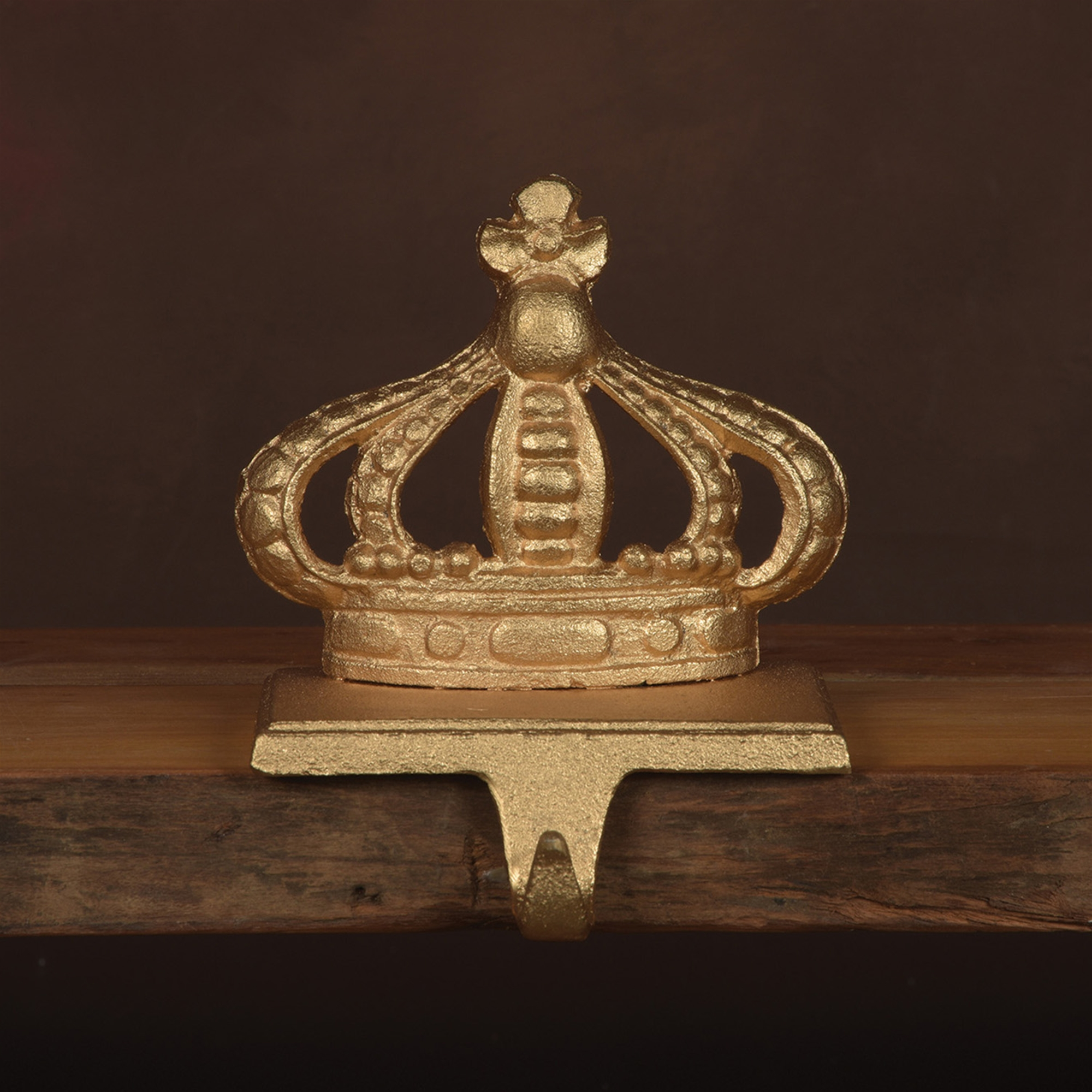 21100-4 - King Crown Stocking Holder - Cast Iron - Gold by HomArt
